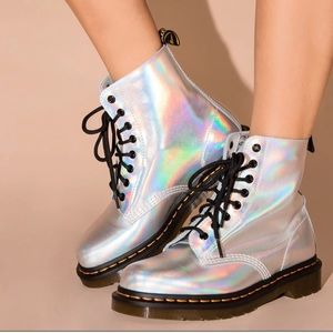 Dr. Martens Pascal silver iced metallic boots
